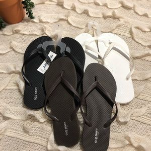 Old navy flip flop bundle 🏖